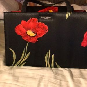 Beautiful satin feeling 🌺 handbag